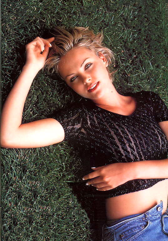 charlize_theron_grass.jpg